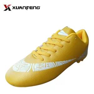 Good Quality Fashion Comfortable Men′s Soccer Shoes