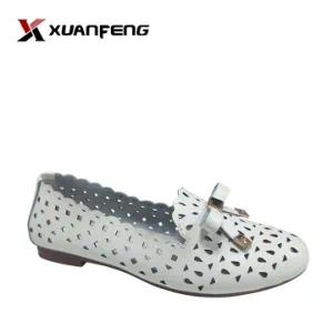 New Fashion Women′s Comfort Leather Shoes